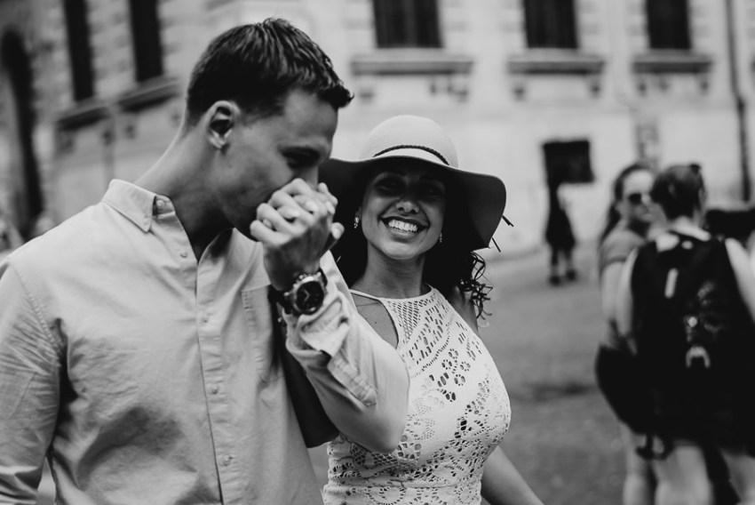 wedding photographer rome romantic couple session