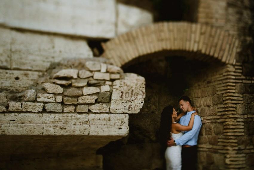 wedding photographer rome engagement session lungotevere