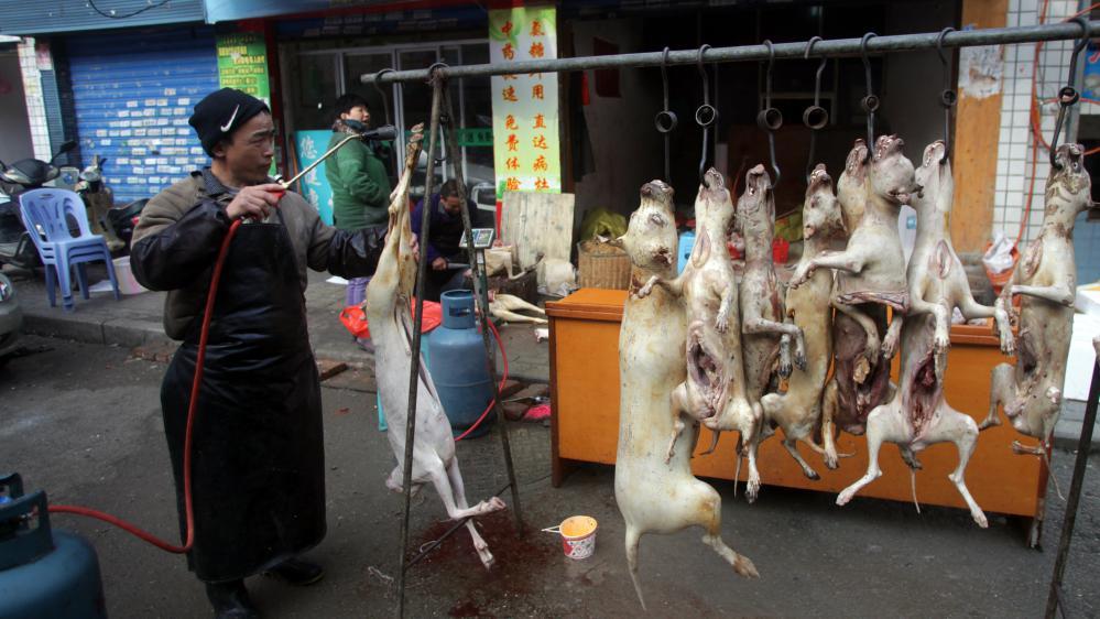 Un étal de viande de chien, le 22 décembre 2014, à Guiyang, dans le sud de la Chine.