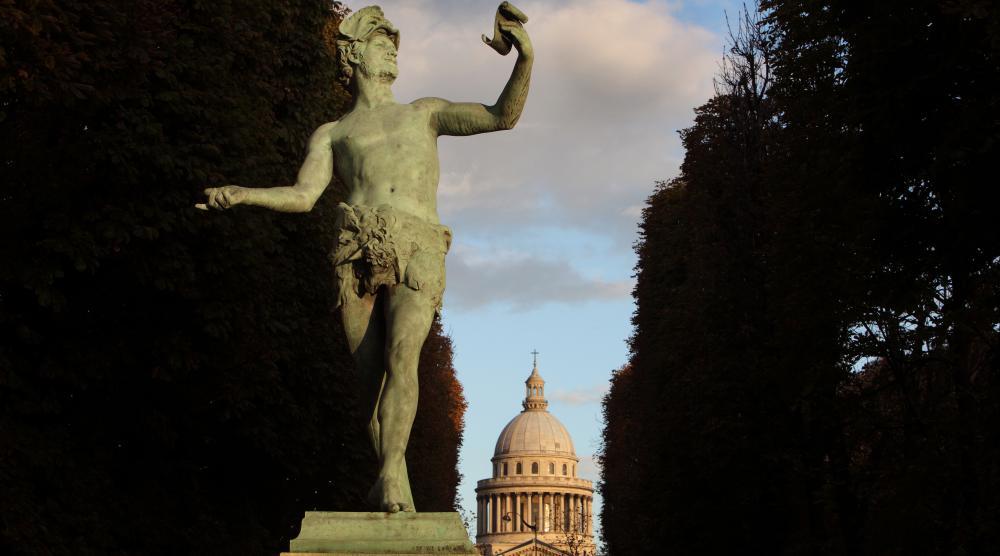 Le Panthéon vu depuis le jardin du Luxembourg, à Paris.
