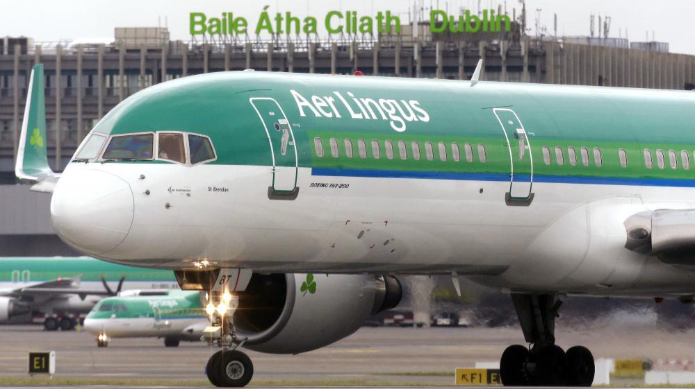 Un avion de la compagnie irlandais Aer Lingus à l'aéroport de Dublin (Irlande), le 27 janvier 2015.