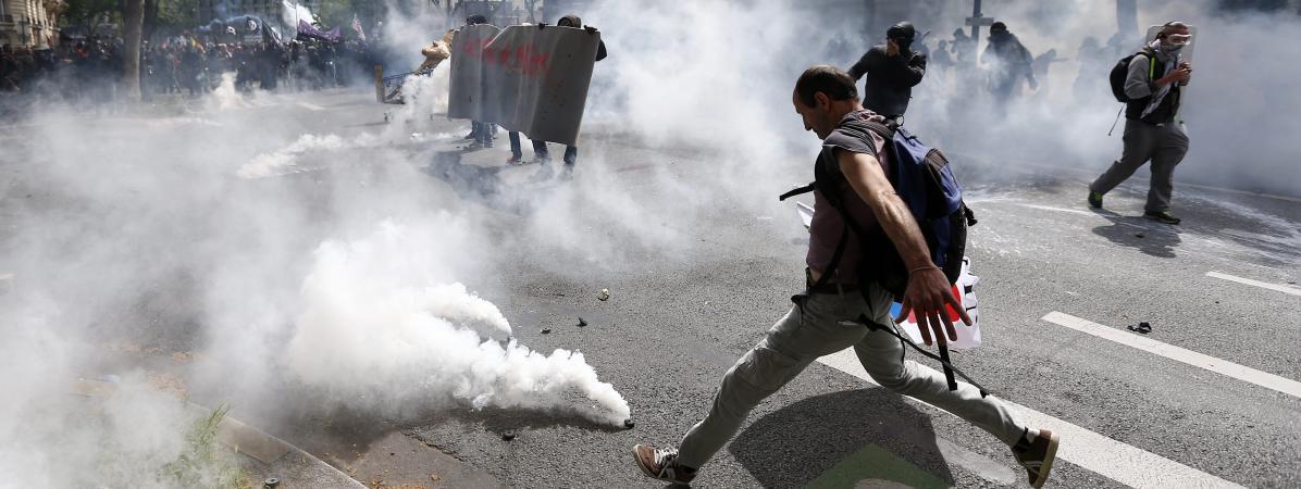 Desincidents durant la manifestation contre la loi Travail, le 14 juin 2016 à Paris.
