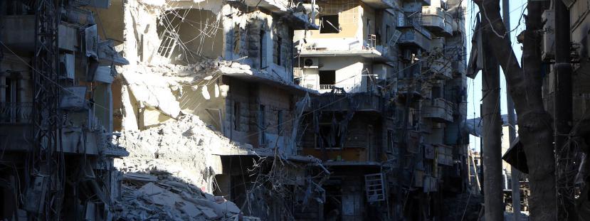 La ville d'Alep en Syrie, après un raid aérien mené par les armées russe et syrienne, le 24 septembre 2016.