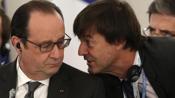 Nicolas Hulot et François Hollande, le 1er décembre 2015, lors de la COP21 à Paris.