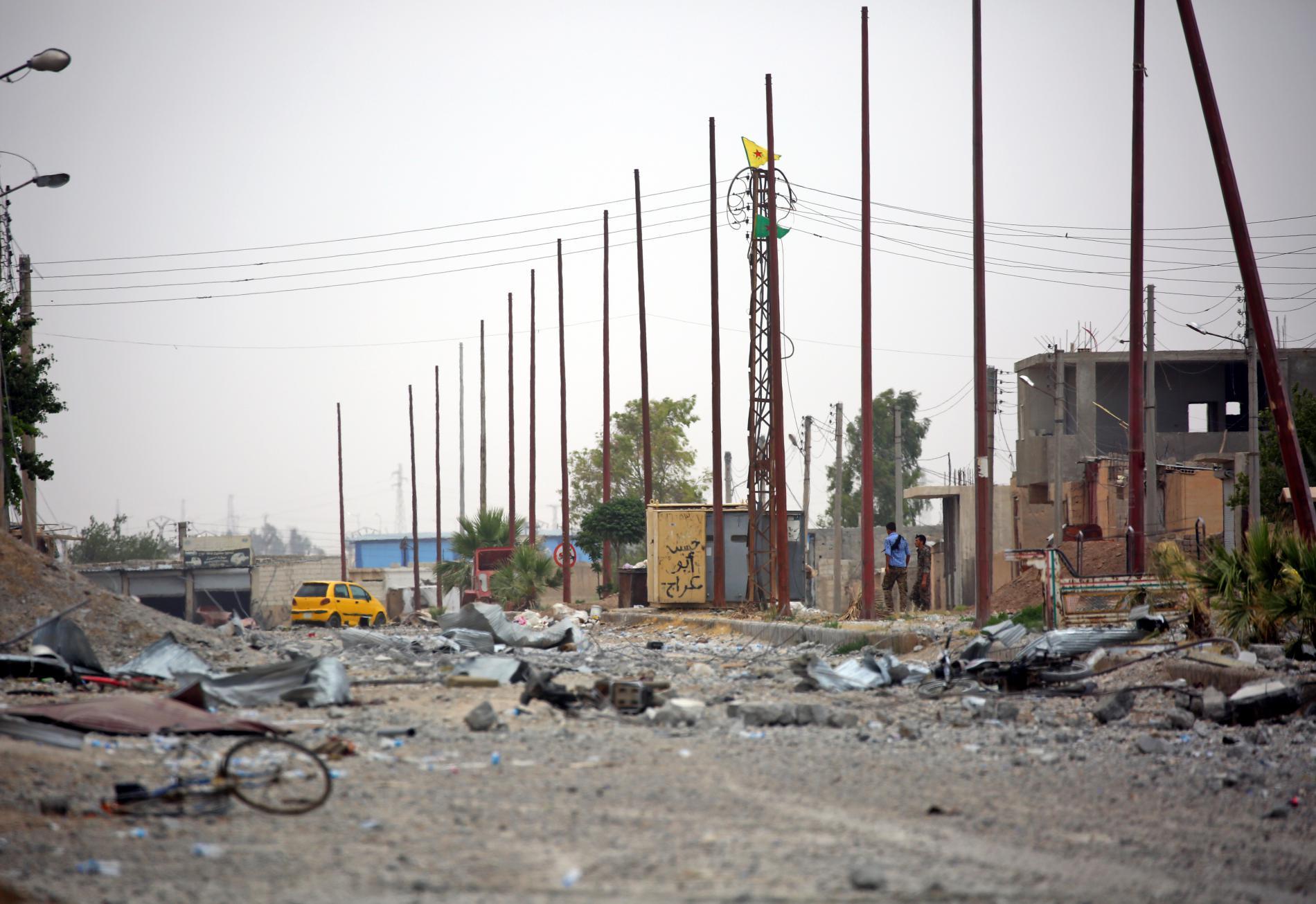 Dans le quartier d\'Al-Mechleb, dans le sud-est de Raqqa (Syrie), le 14 juin 2017.