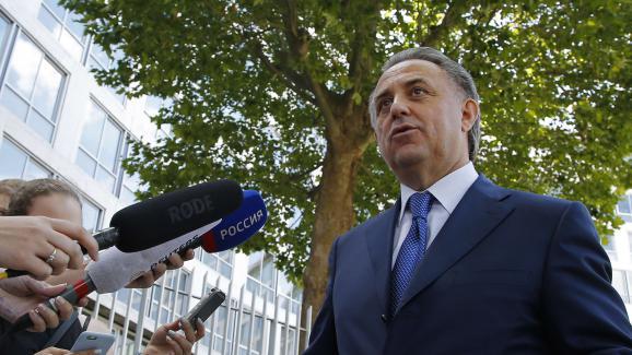 Vitali Moutko, alorsministre des Sports russe, répond à une interview le 1er août 2016 au siège de l\'Unesco, à Paris.