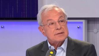 L\'eurodéputé PPE Alain Lamassoure dans le studio de franceinfo jeudi 10 mai 2018.