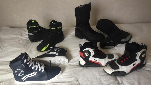 En haut les bottines TCX et les bottes aérées Eleveit T Air, en bas les baskets Bering Starrs et les bottines aérées XPD.