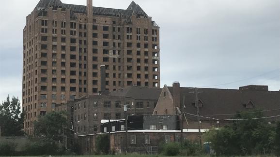 Detroit peine à se relever du déclin de l\'industrie automobile qui a précédé la crise dessubprimesen 2008.