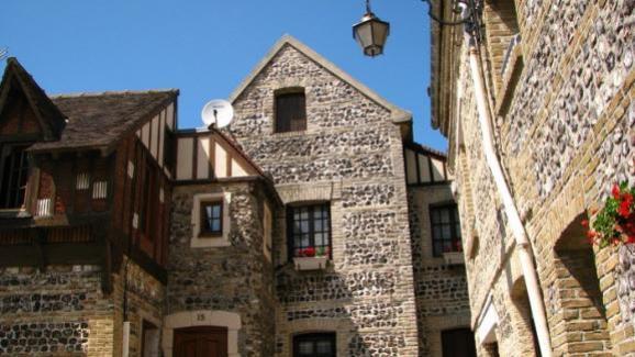 Houses of former fishermen in Dieppe.