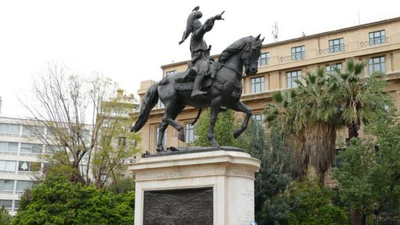 "The statue of the Greek General Theodoros Kolokotronis (1770-1843), hero of the Greek War of Independence. He was nicknamed the ""Old man of Morea "" because he was 50 years old at the start of the conflict."