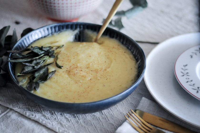 purê de batata com alho confit