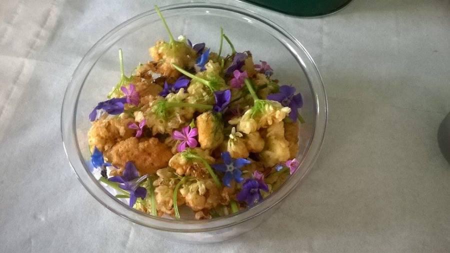 petit beignets de fleurs