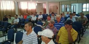 Dirigentes das associações estiveram reunidos com a Prefeitura para aprimorar uso das máquinas e implementos
