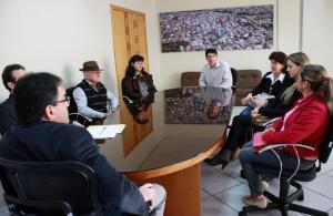 Representantes da capela de Secção Jacaré se reuniram com o prefeito Cantelmo Neto nesta semana