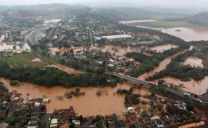 Região próxima ao Parque Alvorada foi uma das mais afetadas pela cheia do rio Marrecas