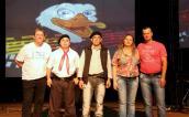O diretor de Cultura, Miguel Seymur com os vencedores da Gaúcha: Valmir Menegassi, Antonio Nonato e Idalino e Rose Barcaro