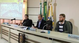 Prefeito Cantelmo Neto, secretário Gervásio Kramer (Planejamento) e o engenheiro Robson Menin