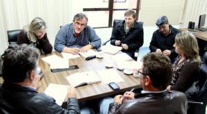 Equipe que trabalha na implantação do sistema se reuniu nesta semana para avaliar o cronograma, atrasado em virtude das chuvas
