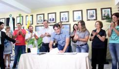 Prefeito Cantelmo Neto reassumiu nesta quarta e autorizou um pacote de R$ 11,5 milhões para a educação