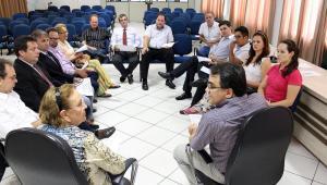 Prefeito Cantelmo Neto se reuniu com a presidente da Câmara, Elenir Maciel, e os outros nove vereadores nesta semana
