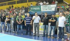 Cerimônia com representantes do Marreco, Cresol e Secretaria de Esportes marcou entrega das obras; melhorias permitirão disputas da LNF em Beltrão