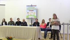 Secretária de Assistência Social, Ana Lucia Manfrói, abriu a Campanha de Combate ao Abuso Sexual de Crianças e Adolescentes com representantes de instituições parceiras