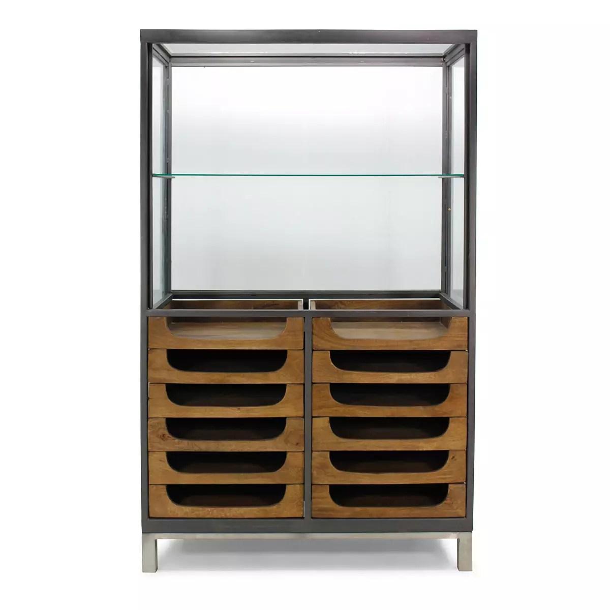 meubles et vitrines pour magasins et