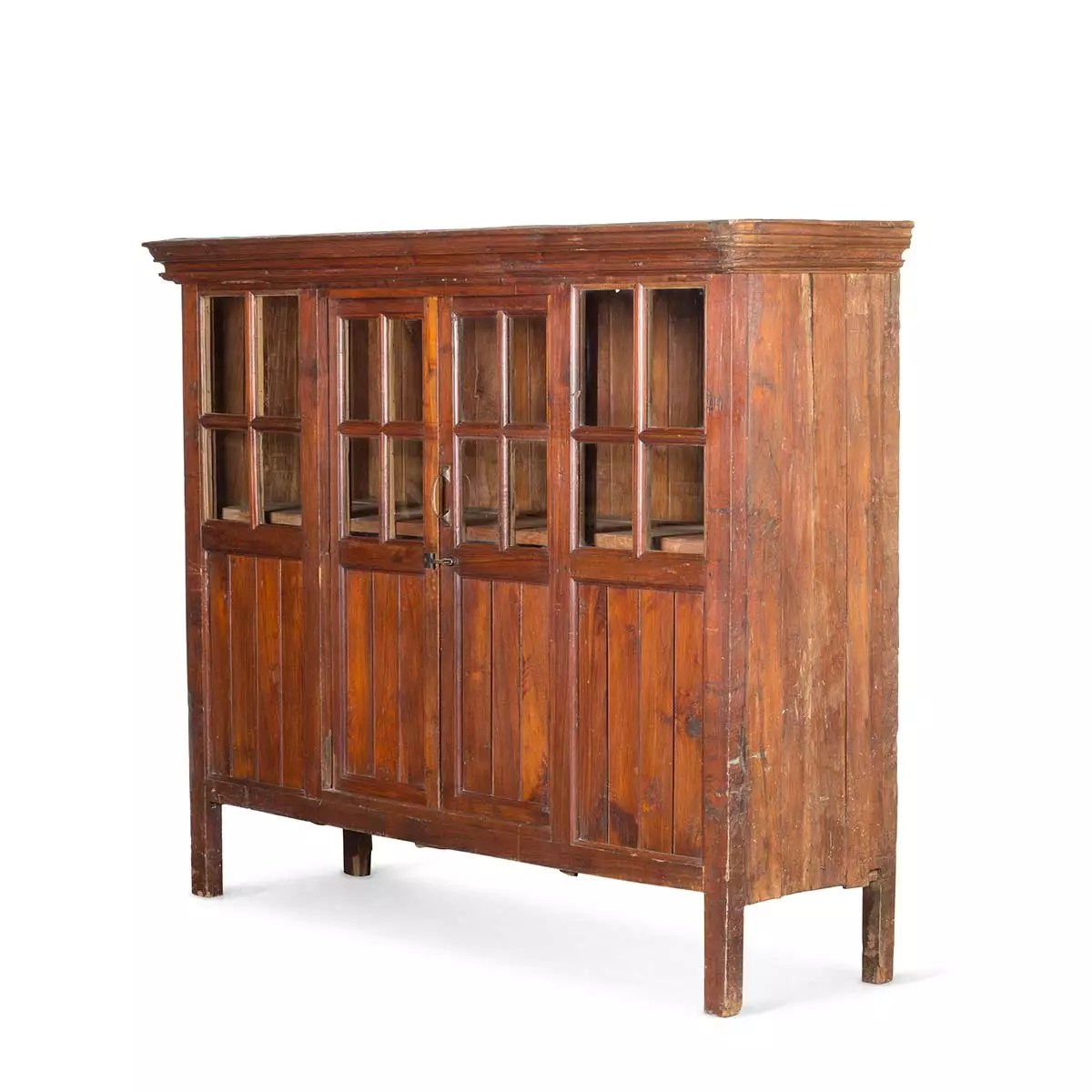 ancien meuble de rangement en bois
