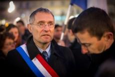 Le sénateur-maire d'Auch Franck Montaugé, lors du rassemblement sur la place de la Libération, le jeudi 8 janvier 2015. ©Franckmontauge.fr