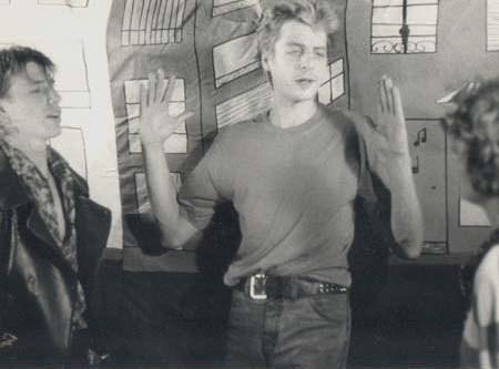 """Réalisation du clip """"Electric-Cité"""" du groupe Téléphone - 1983 - Jean-Louis Aubert, Francky Boy et Corinne"""
