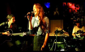 Alanna singer