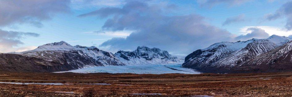 Une des langues glaciaires du Vatnajokull, le plus grand glacier d'Islande.
