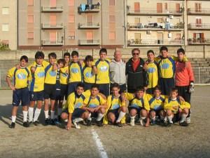 Giovanissimi 2009 con Presidente Francesco Gallotta e Mister Antonio Bandiera