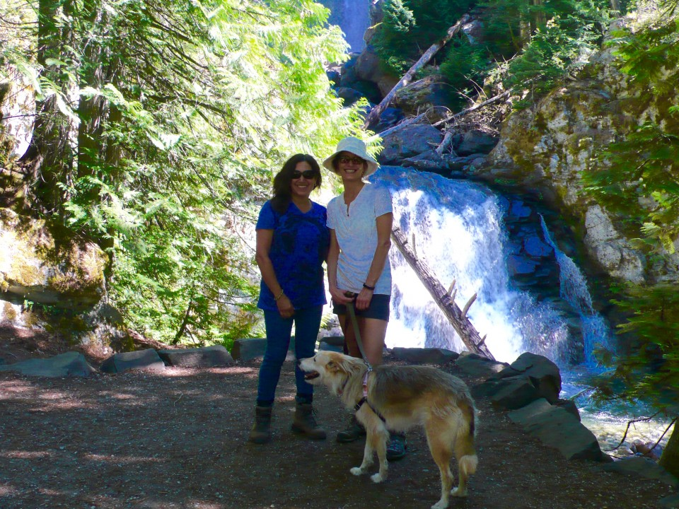 My other Stehekin hiking buddy: Leslie!