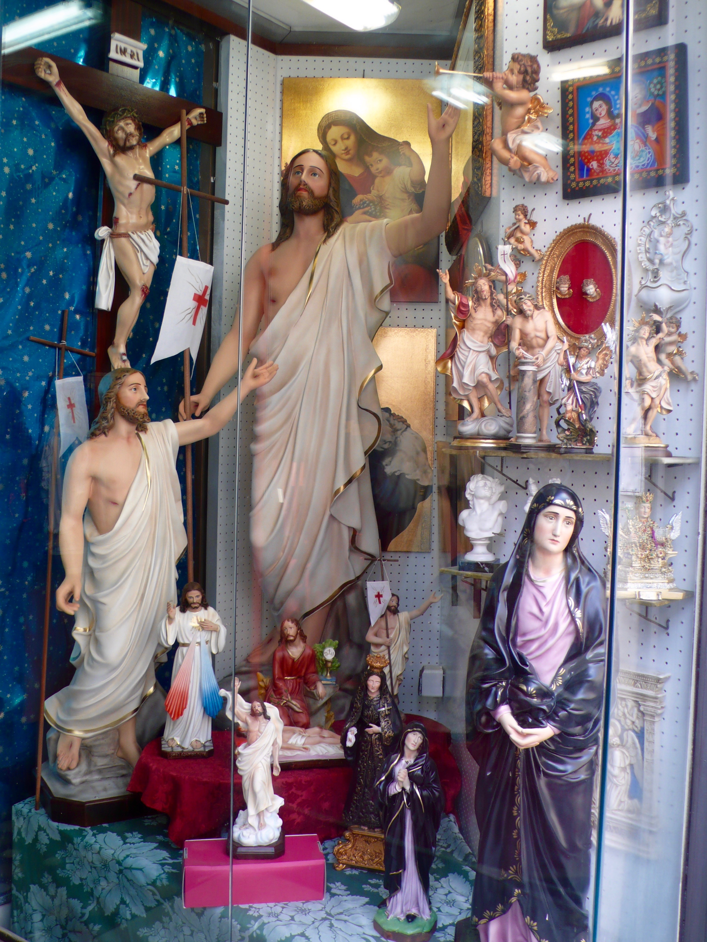 Catania Shop Window