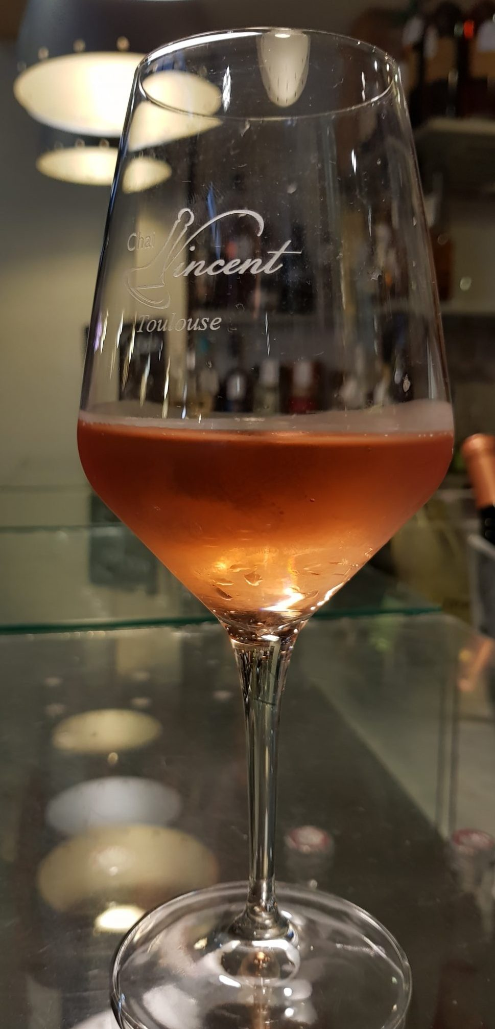 Refreshing glass of rose at Chai Vincent in Marche Victor Hugo in Toulouse