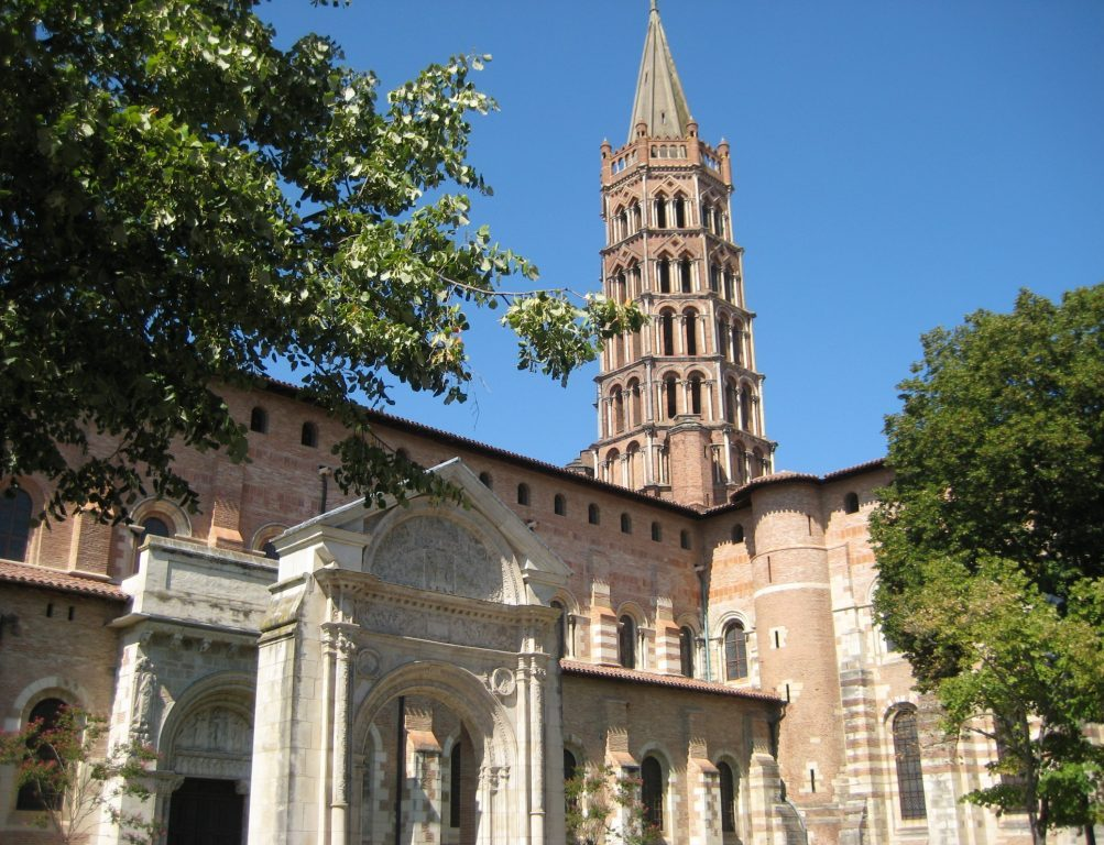 Views of Basilique Saint Sernin in Toulouse
