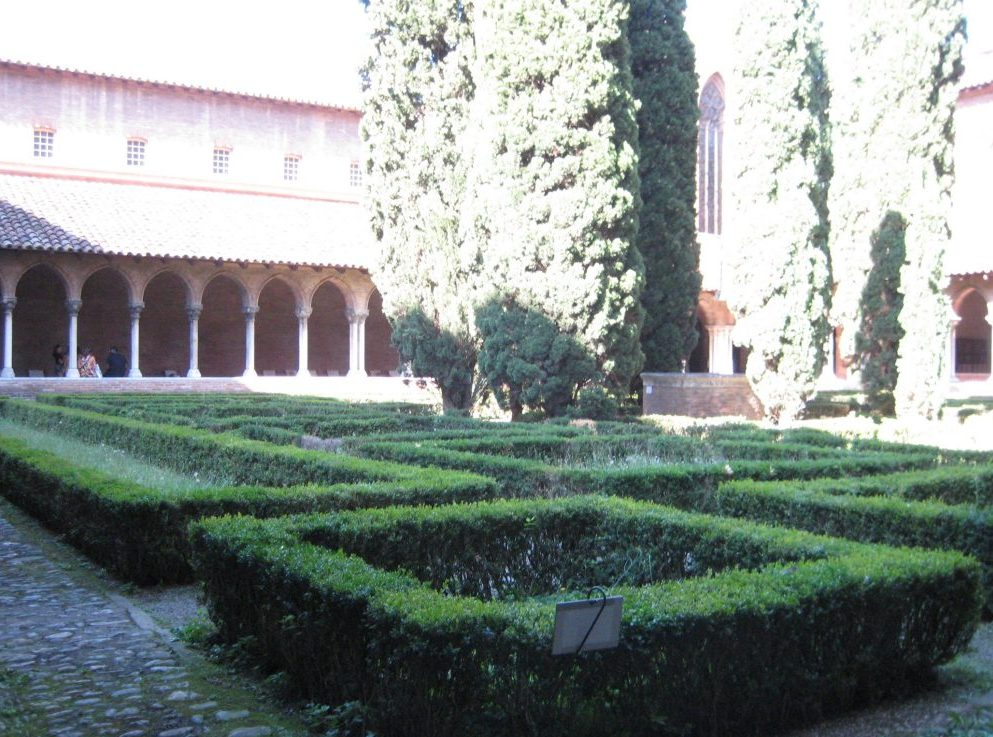 The cloisters and garden at Couvent des Jacobins in Toulouse