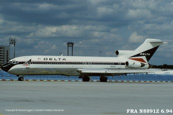 N8891Z Delta Air Lines Boeing 727-225 (sn 21860 / ln 1546)