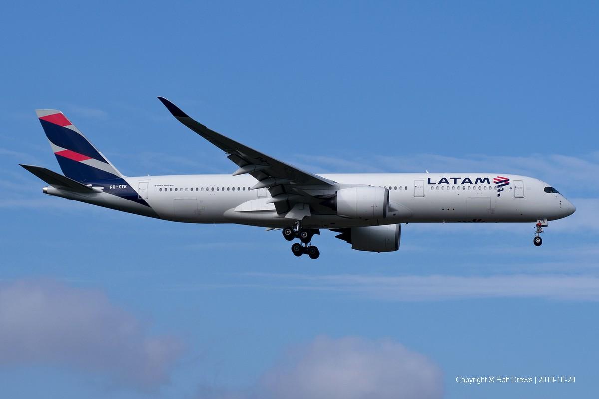 PR-XTE LATAM Airlines Brasil Airbus A350-941 (MSN48)