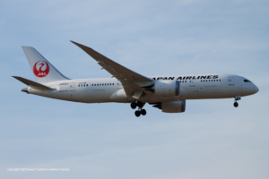 JA832J Japan Airlines Boeing 787-8 Dreamliner (34844 / 105)