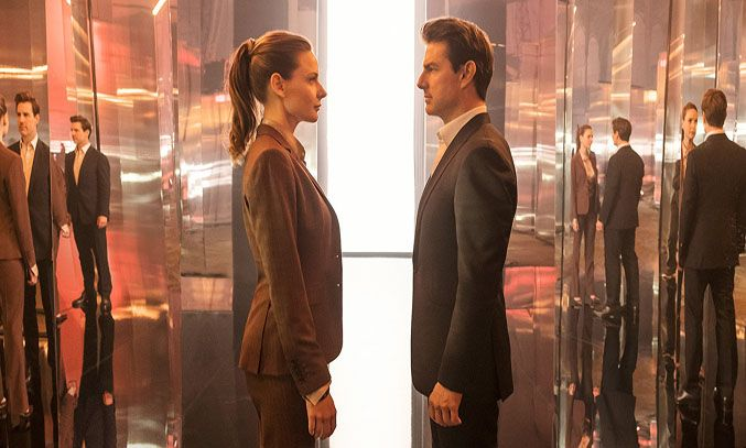 Tom Cruise and Rebecca Ferguson in Mission Impossible - Fallout (2018)
