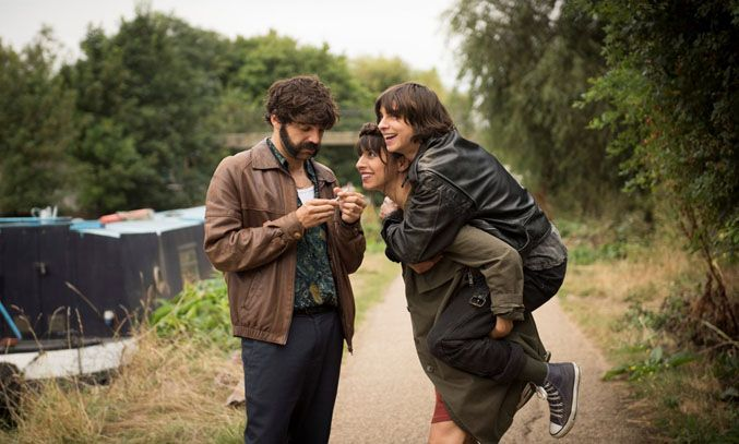 Natalia Tena, David Verdaguer, and Oona Chaplin in Anchor and Hope (2017)