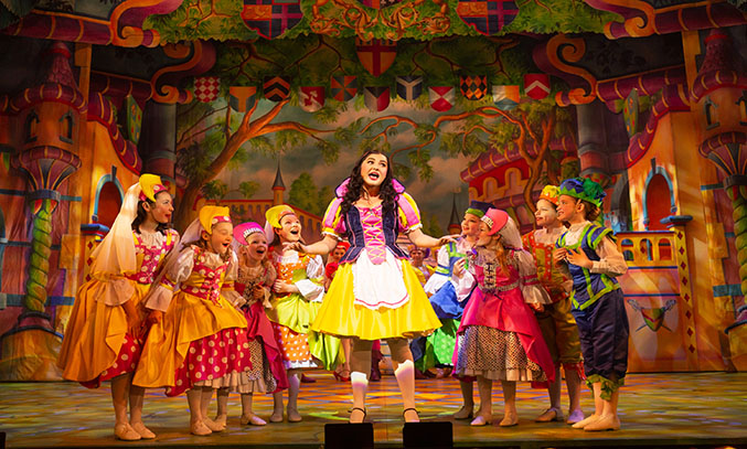 Zoe George as Snow White in SNOW WHITE.