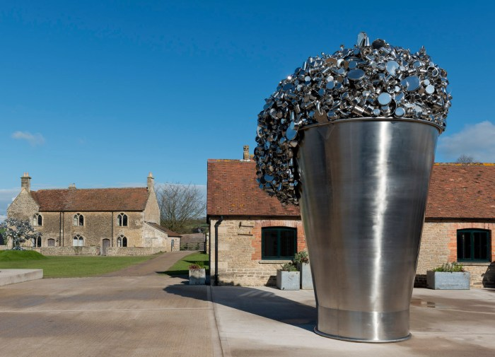 Subodh Gupta, When Soak Becomes Spill, 2015 © Subodh Gupta. Courtesy the artist and Hauser & Wirth Photo: Ken Adlard