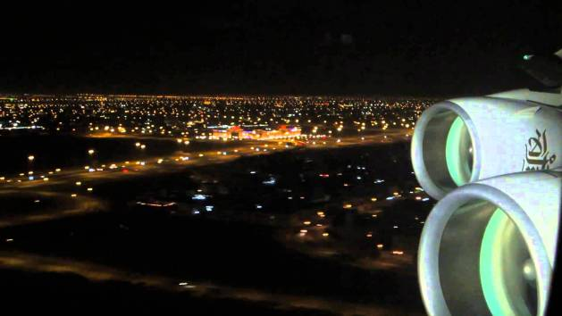 Fly Emirates Dubai Landing