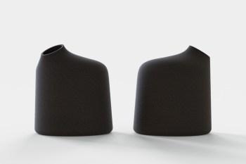 pitcher_black