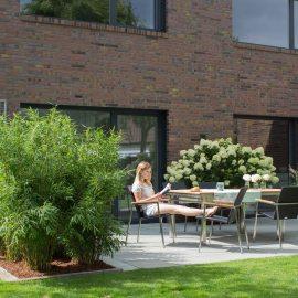 Sichtschutz - Terrasse - nachher - Franks kleiner Garten