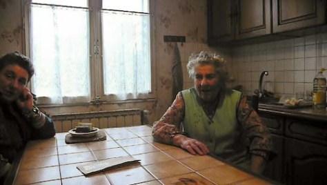 In de keuken voor het interview